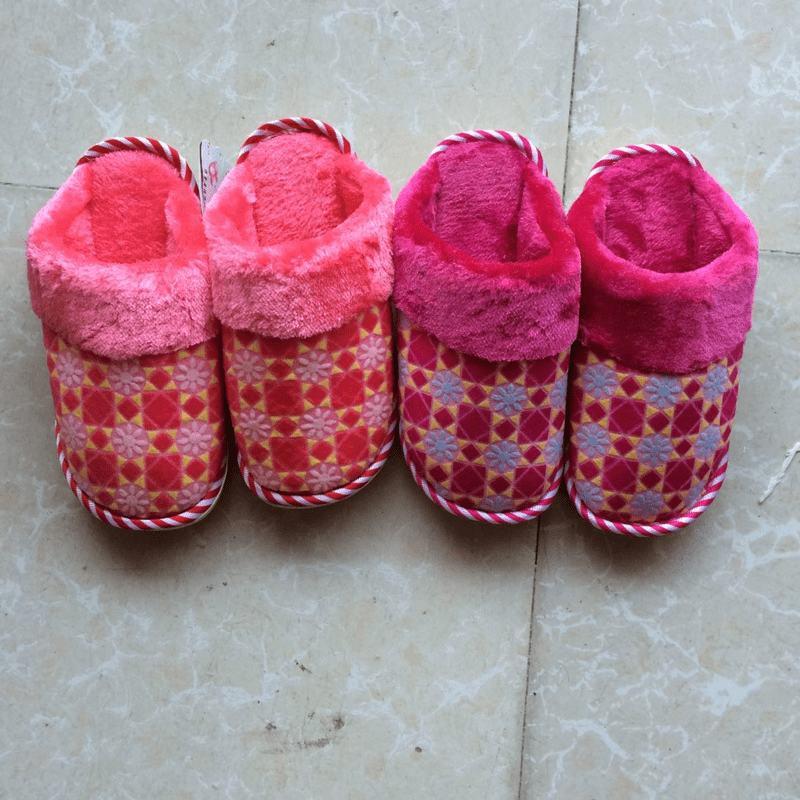 编制棉鞋的兔子花样图